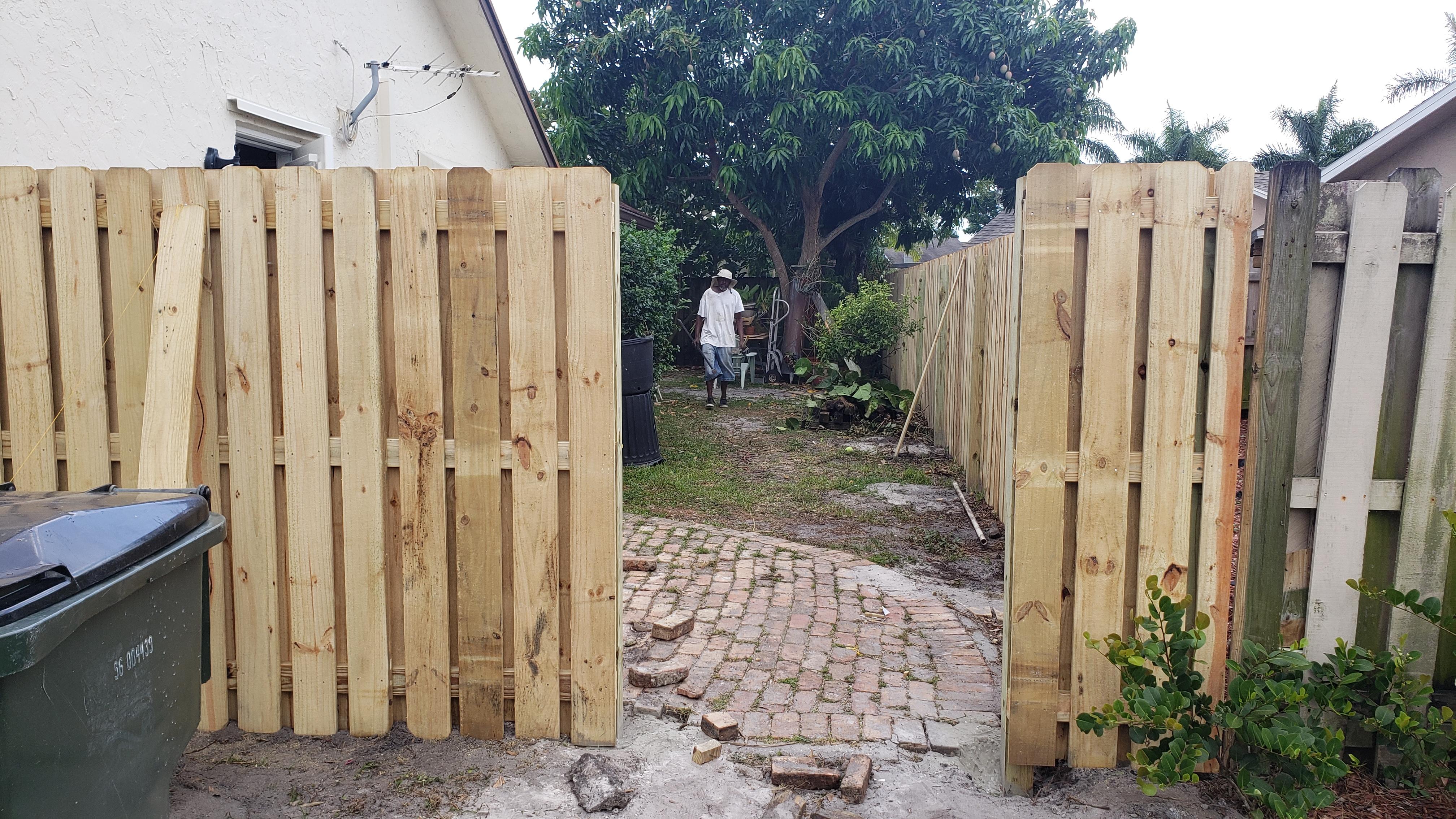 Corpus Christi fence repair services